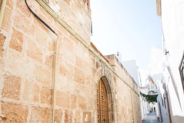 villa-evangelia-entrance7809805F-4DA9-E4EB-ABBF-C7BE703F8FB7.jpg
